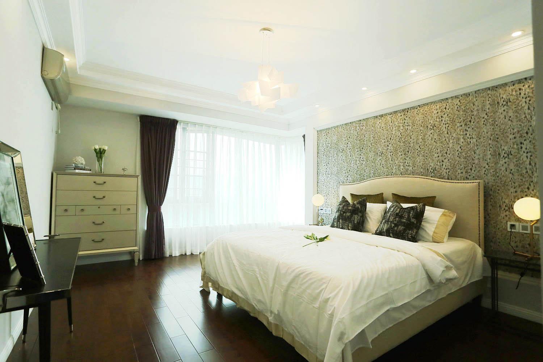 三居室摩登美式家卧室搭配图