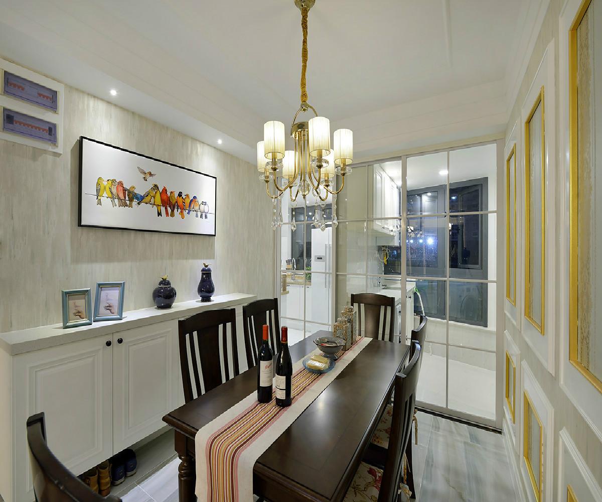 三居室美式装修餐边柜图片