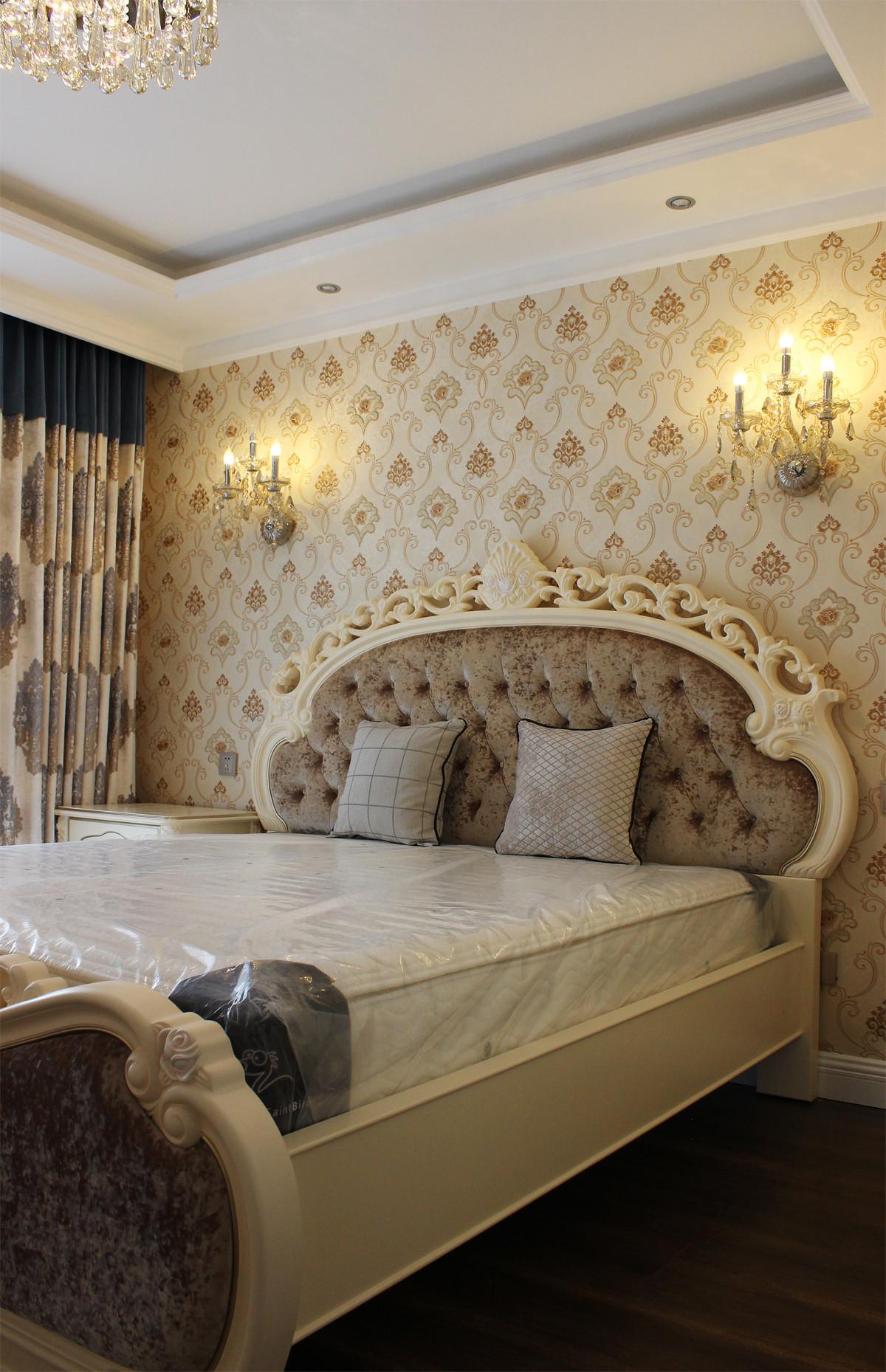 欧式三居装修卧室设计图