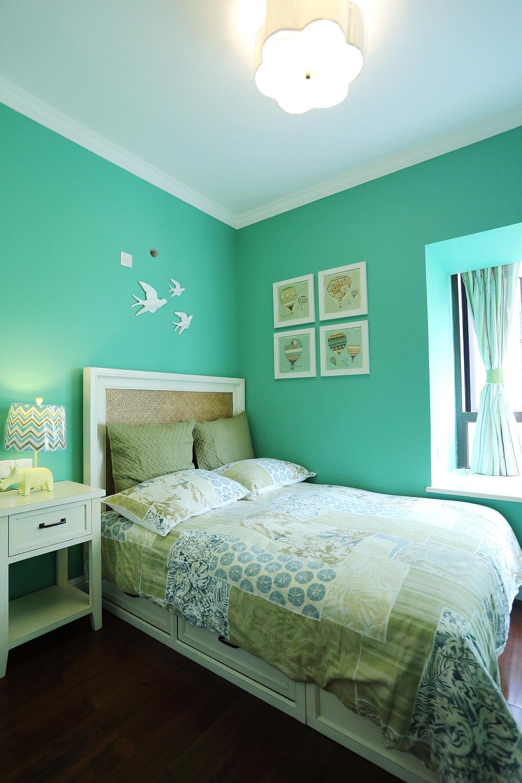 80平现代美式家卧室设计图