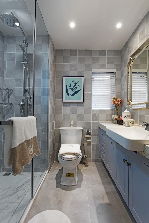 89平美式休闲两居装修卫生间设计图
