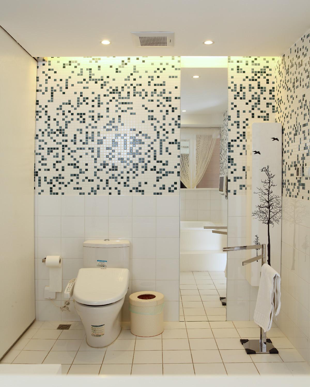 大户型现代简约装修卫生间效果图