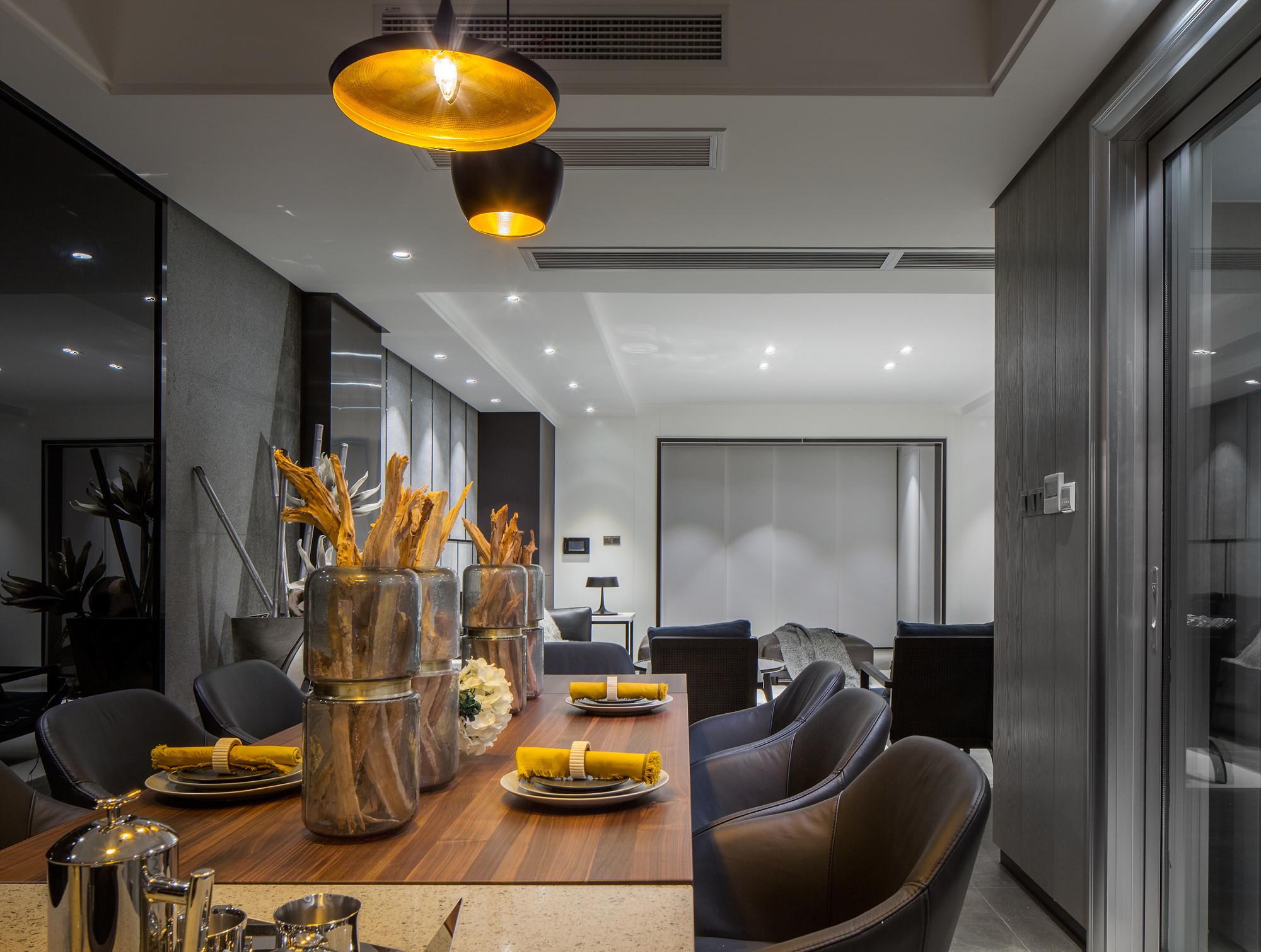 160平现代装修餐厅设计图