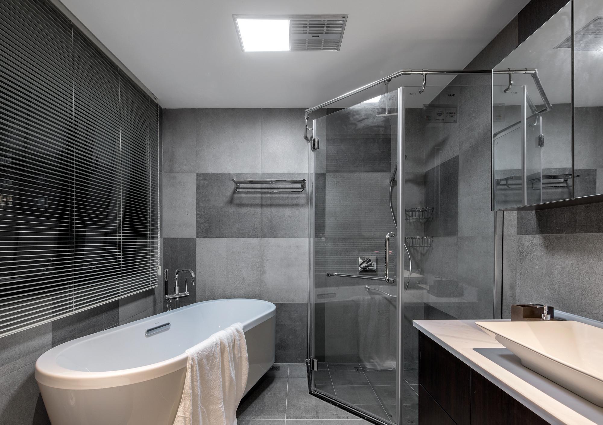 160平现代装修卫生间设计图