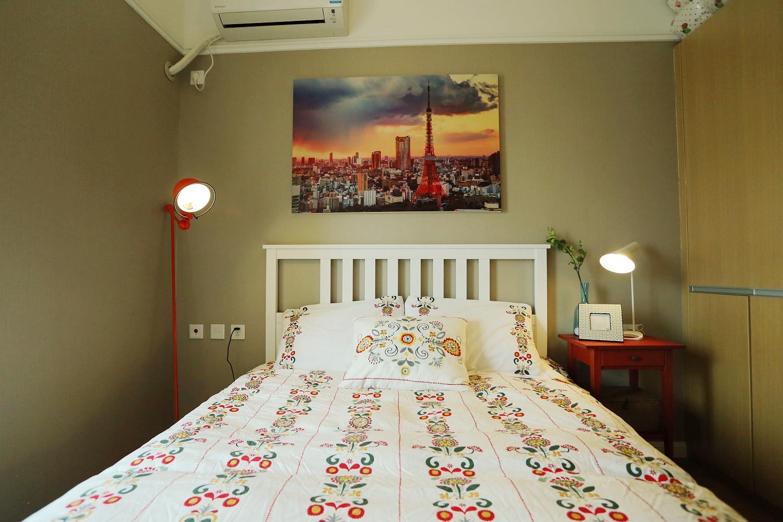 北欧风格二居卧室设计图