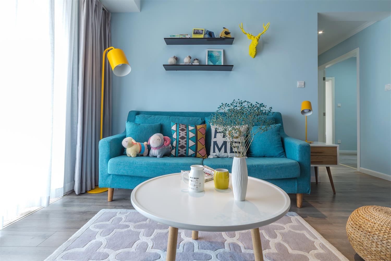 95平北欧风格家沙发背景墙图片
