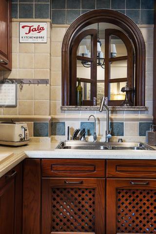 三居室美式风格装修厨房一角