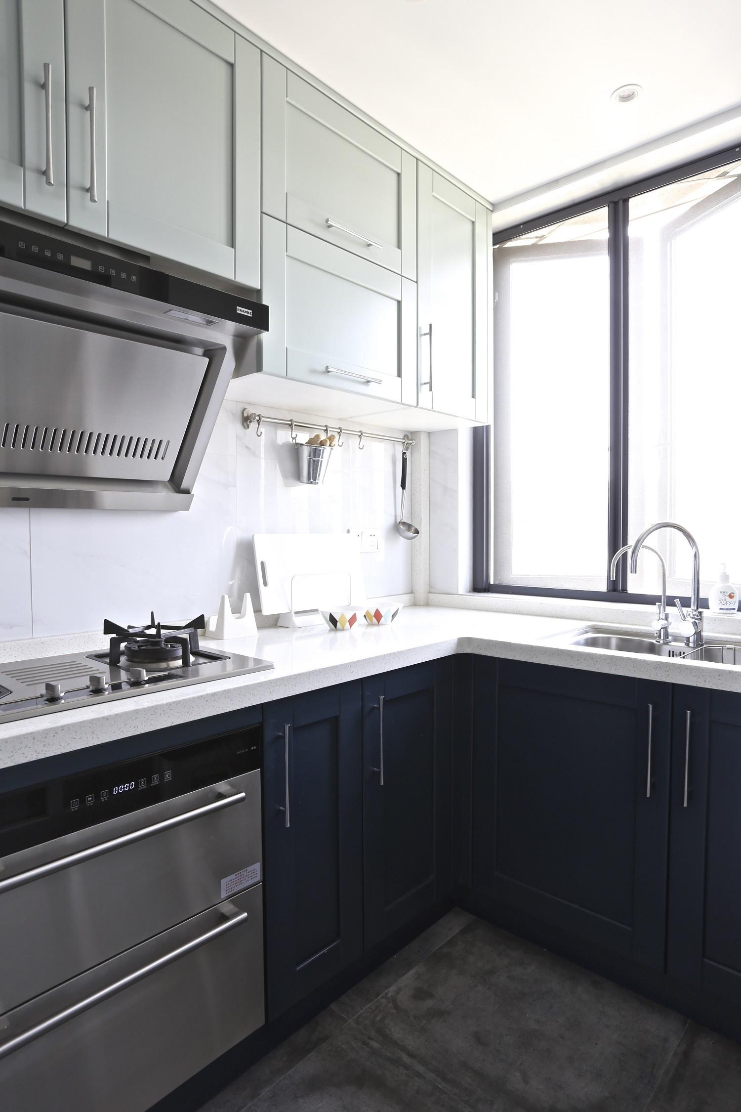 130平北欧简约家厨房搭配图
