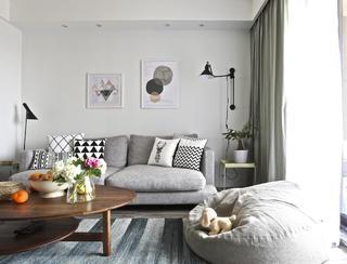 130平北欧简约家沙发背景墙图片