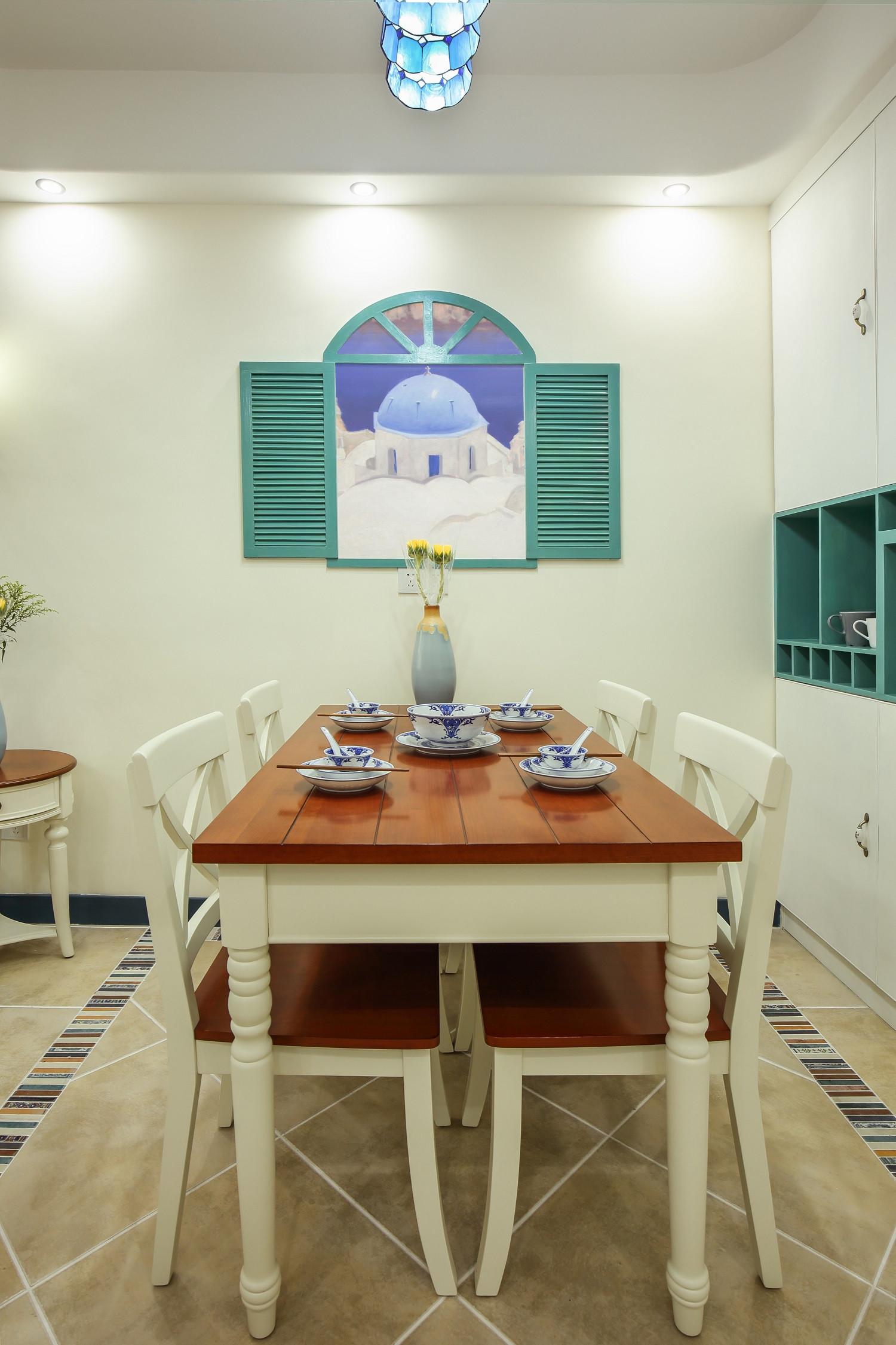 小户型地中海风格家餐厅背景墙图片