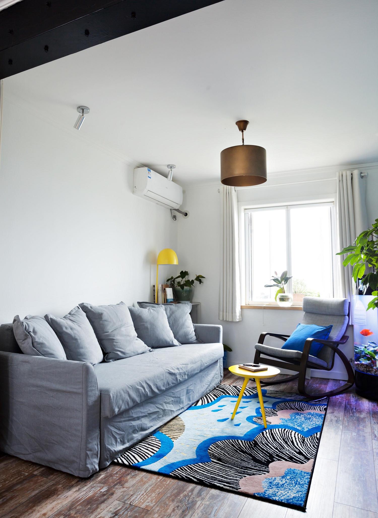 Loft小复式装修沙发图片