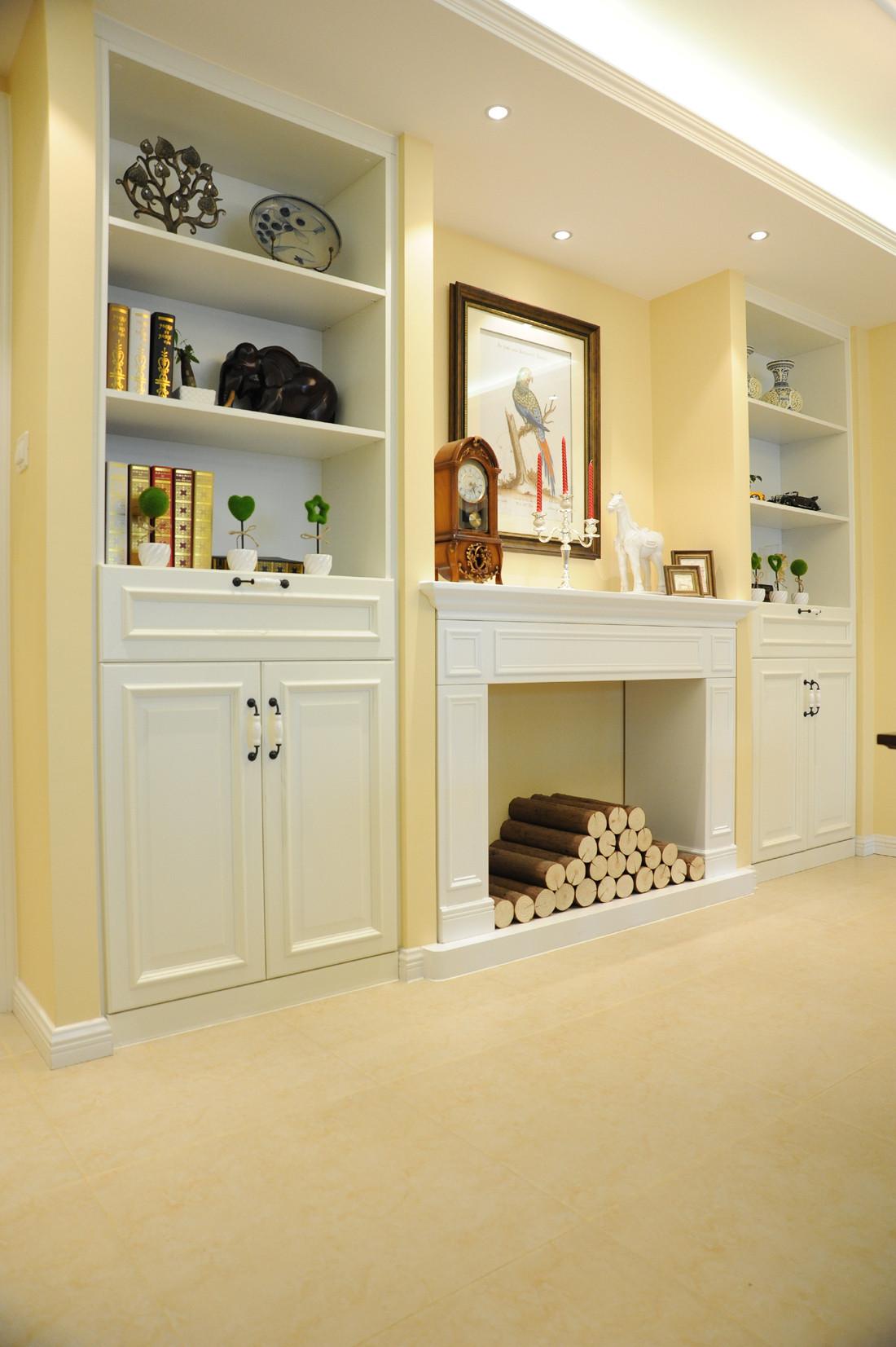 简约美式三居之家书架设计