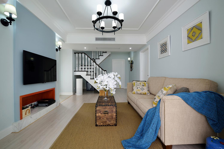 复式美式风格装修客厅设计图