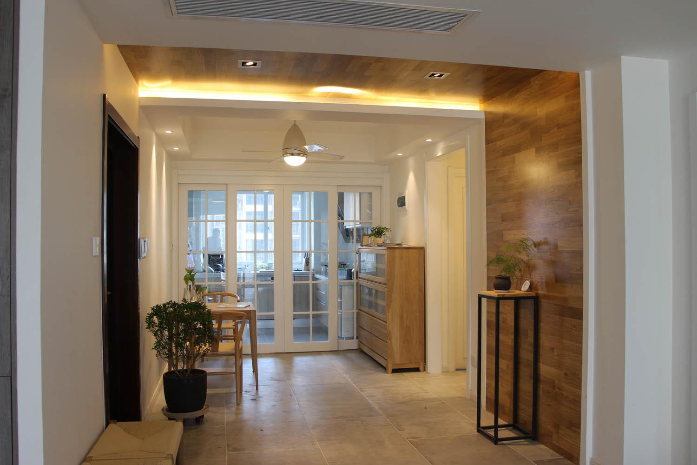 90平北欧装修门厅图片