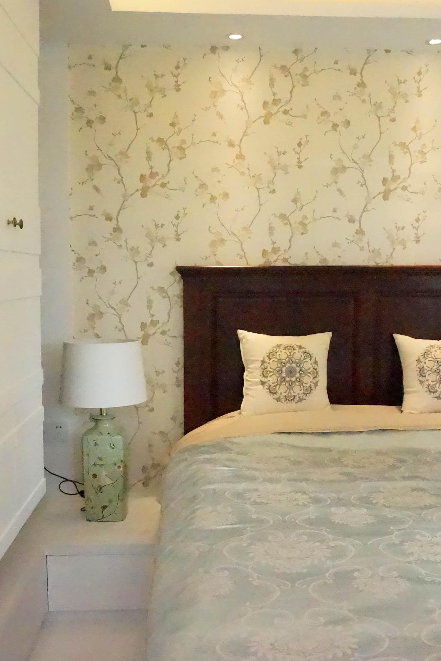 美式混搭二居装修床头一角