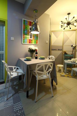 小户型混搭之家餐厅背景墙图片