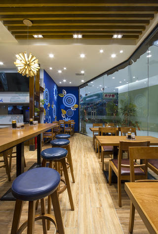 90平东南亚风格餐厅装修吧台椅图片