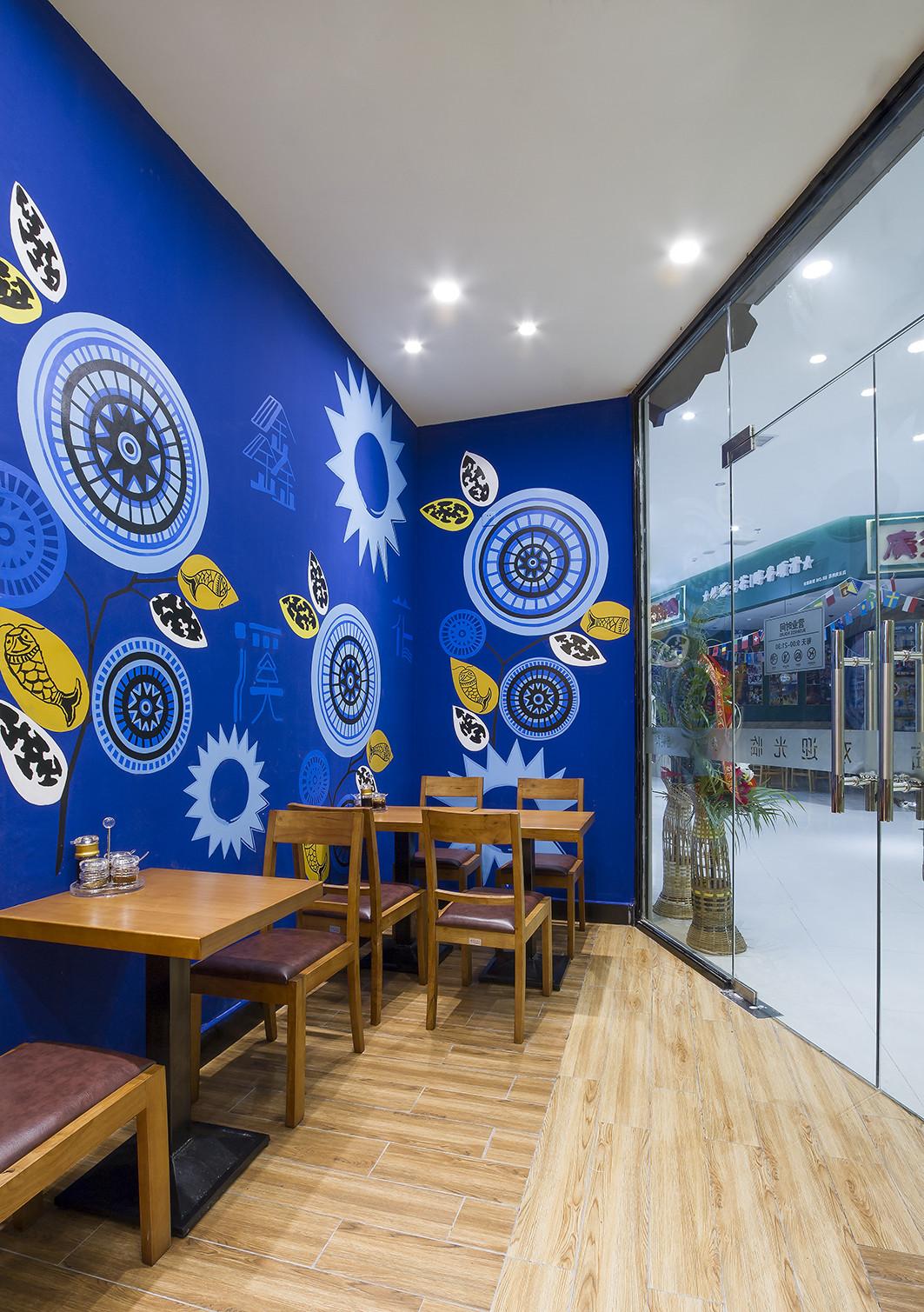 90平东南亚风格餐厅装修卡通壁画图片
