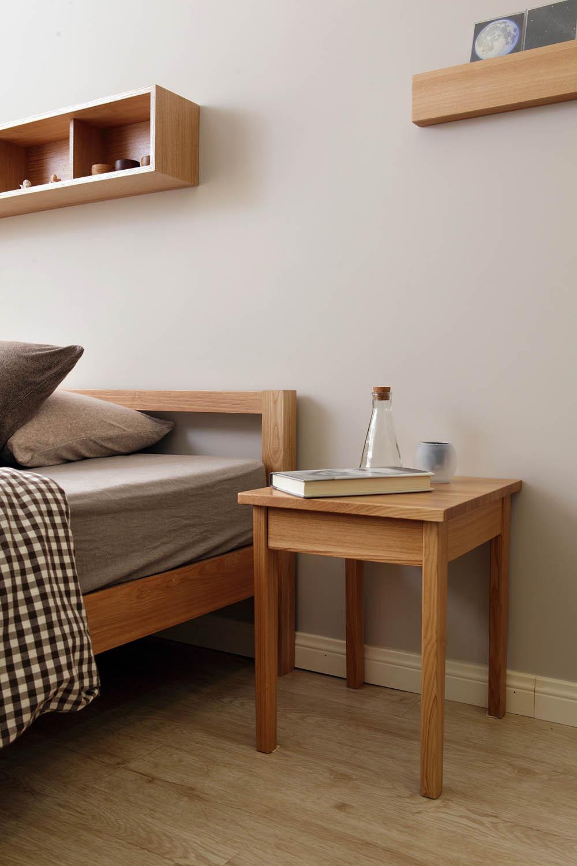 38㎡日式MUJI风格家床头柜图片