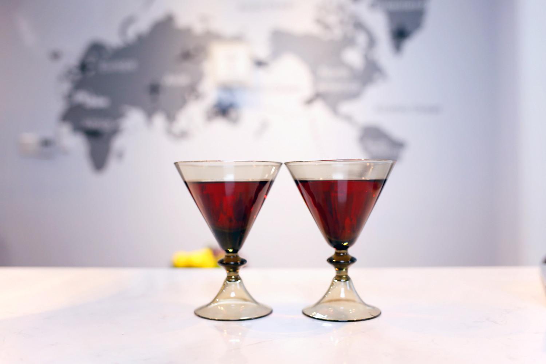 110平北欧风格家吧台红酒杯