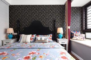 105平美式风格三居装修卧室背景墙图片
