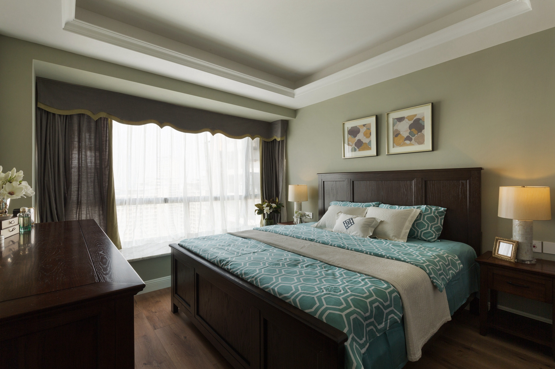 三居室现代美式家卧室设计图