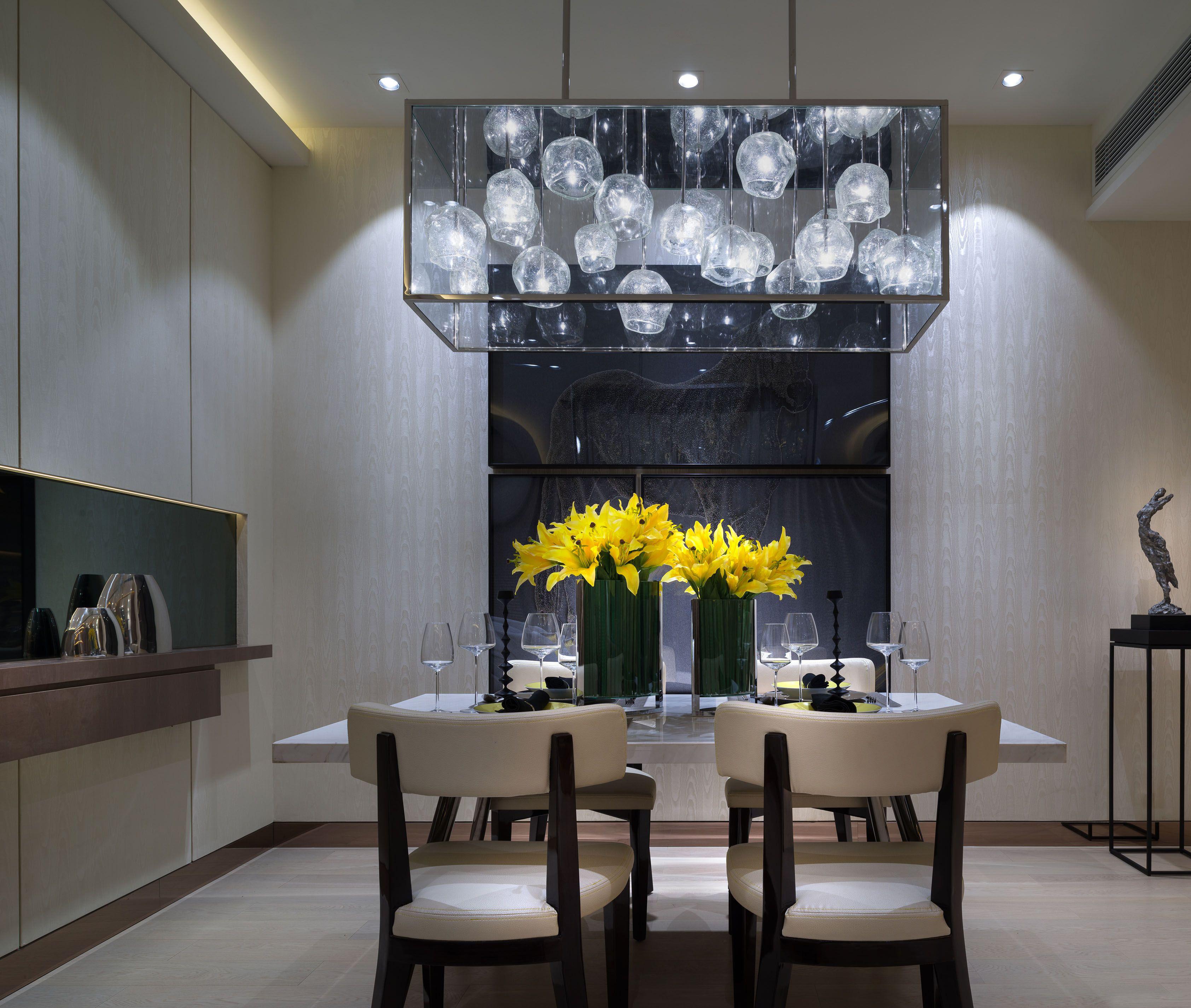 低调奢华的现代风装修餐厅设计图