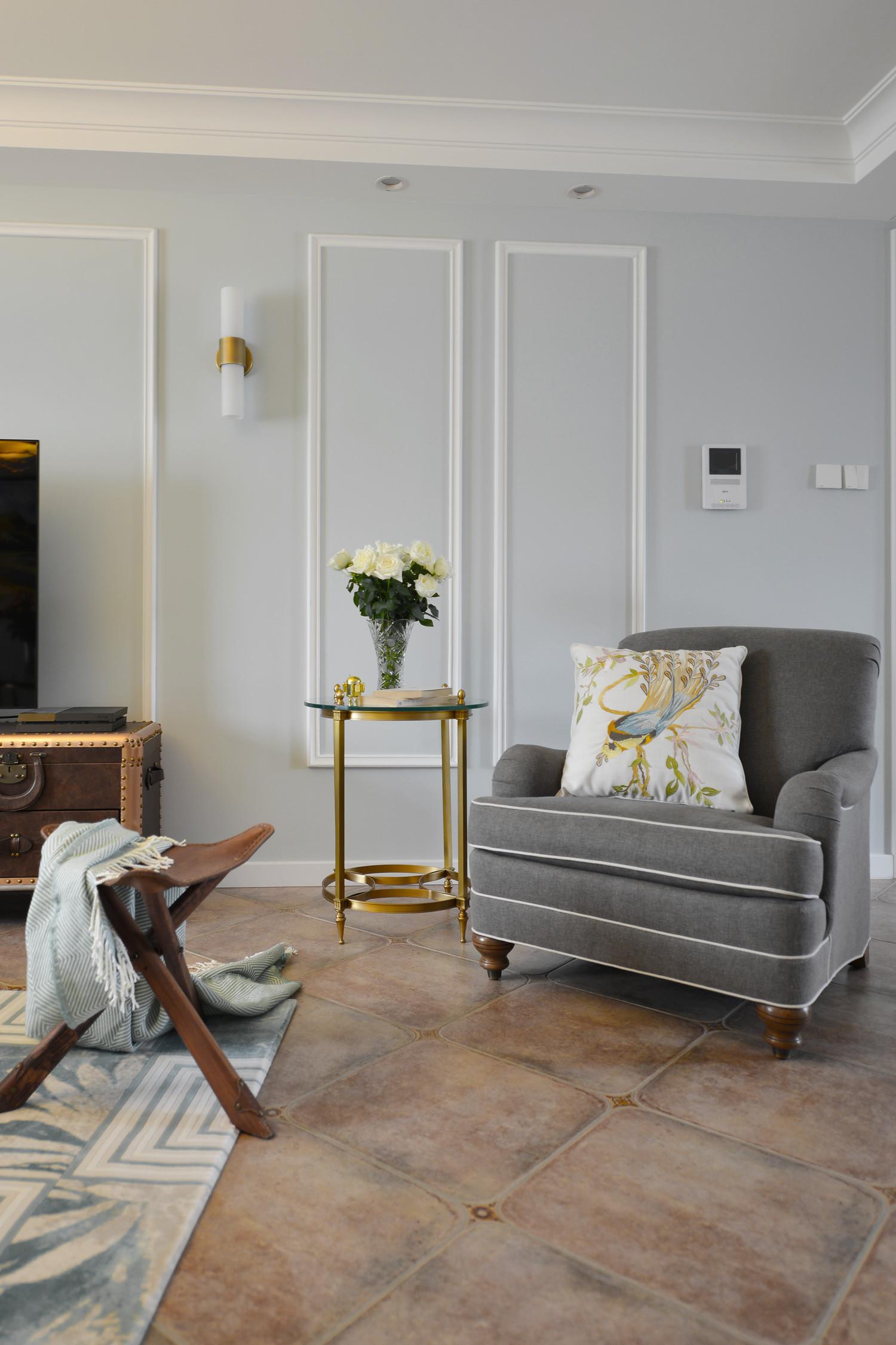 140平美式三居装修沙发椅图片