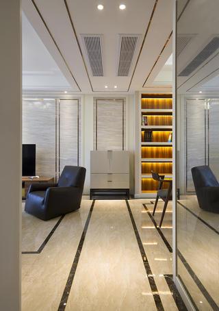 140平现代中式家玄关走廊