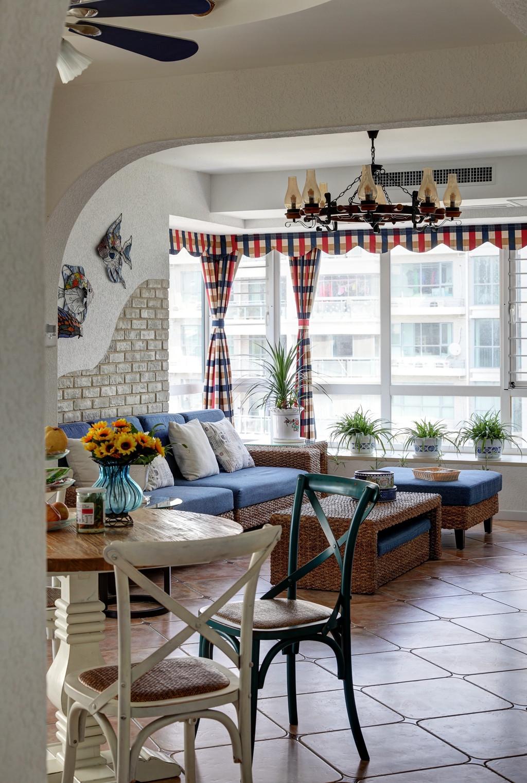 地中海风格复式装修沙发图片
