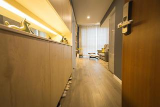 80平北欧二居装修玄关设计