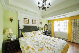 美式风格三居卧室搭配图