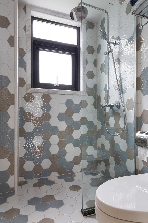 140平美式风格家卫生间装潢图