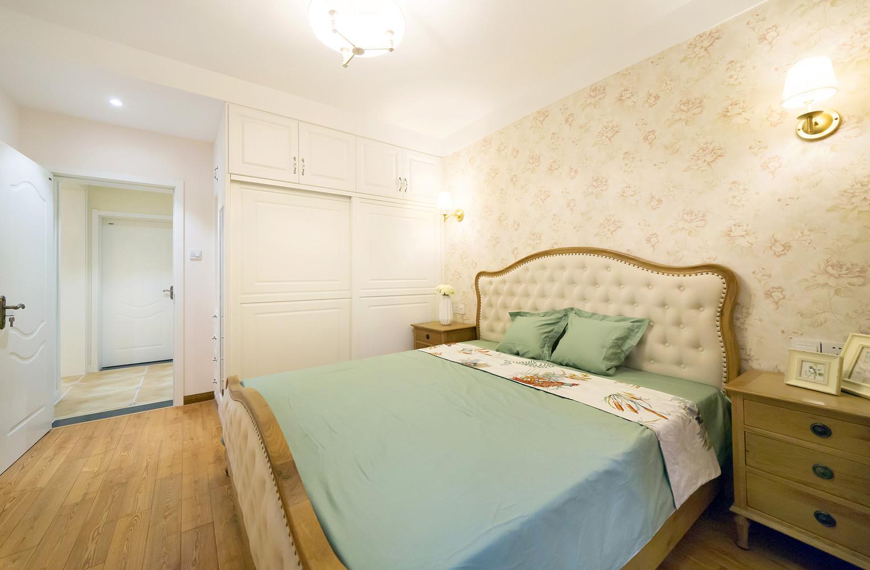 110㎡美式风格家卧室设计图