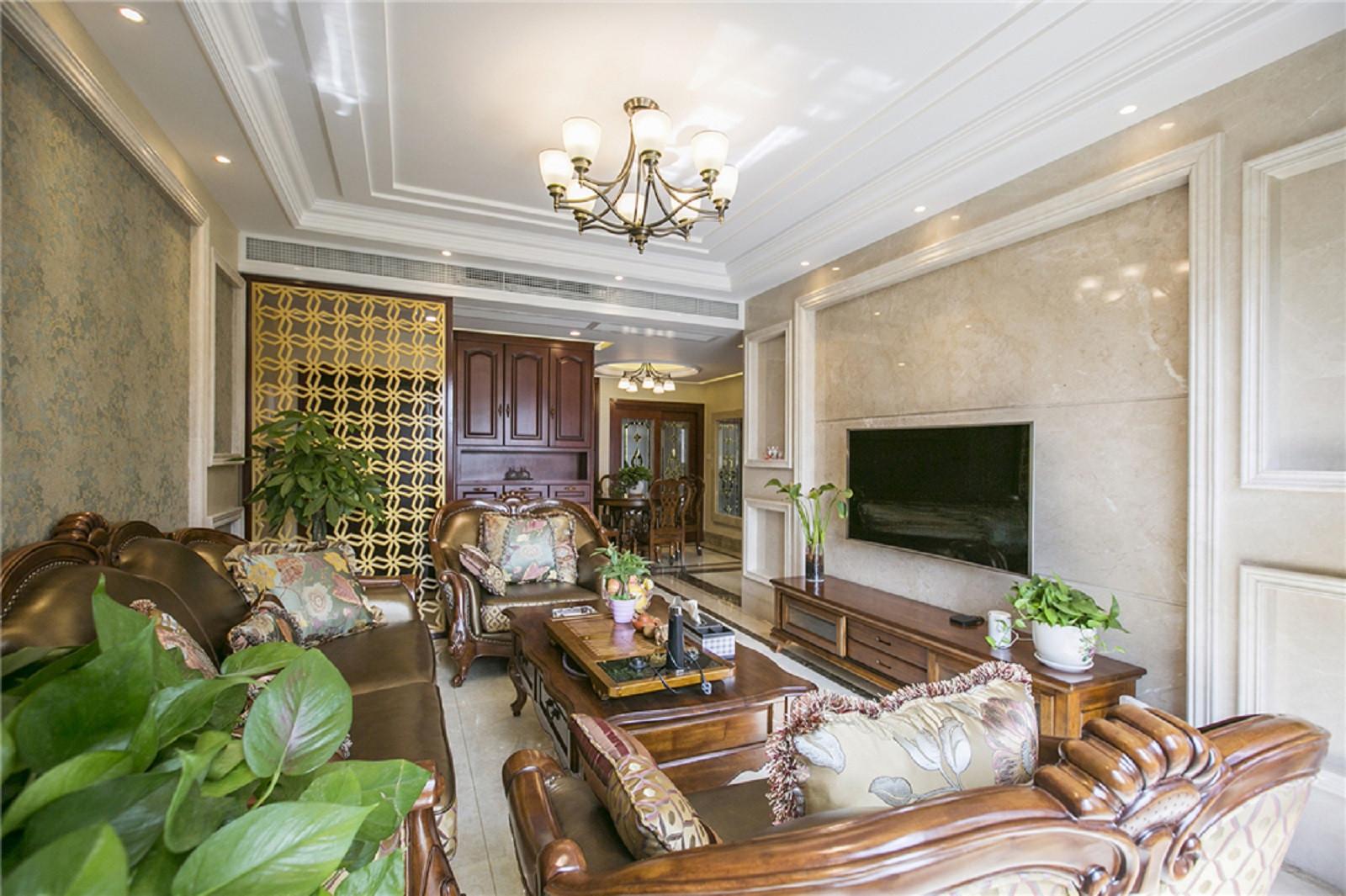 欧式风格装修客厅布置图