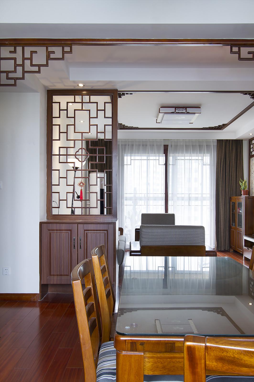 130平中式风格家餐桌图片
