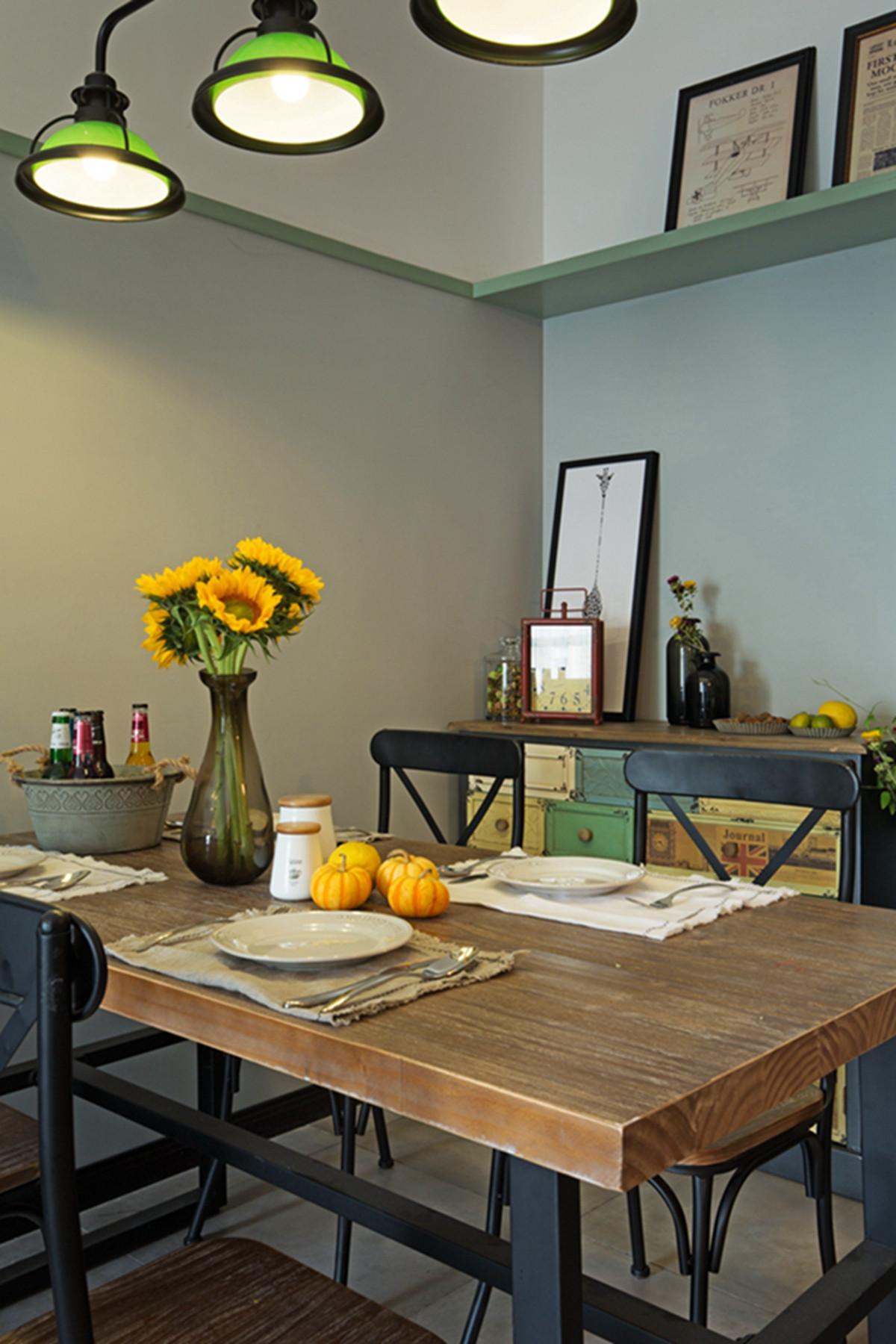 混搭二居装修餐桌图片