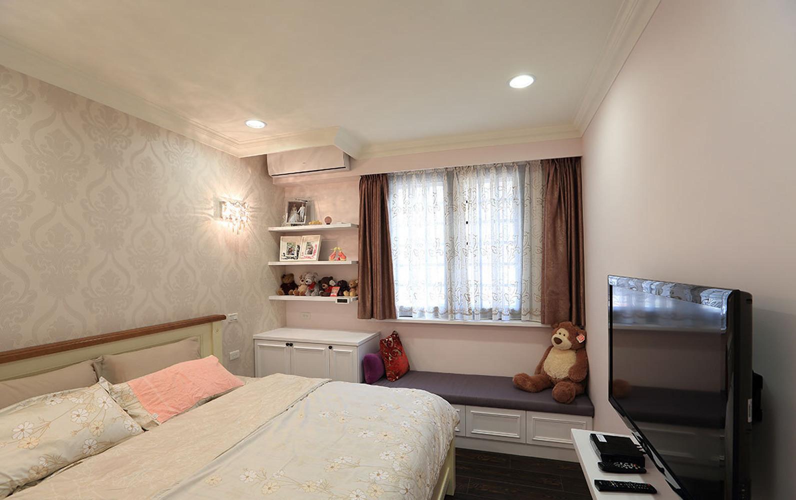 80平现代简约装修卧室布置图