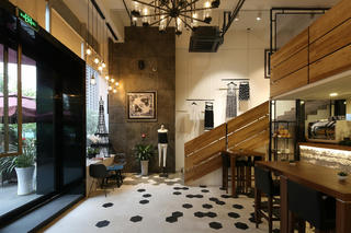 生活咖啡馆装修门厅设计图