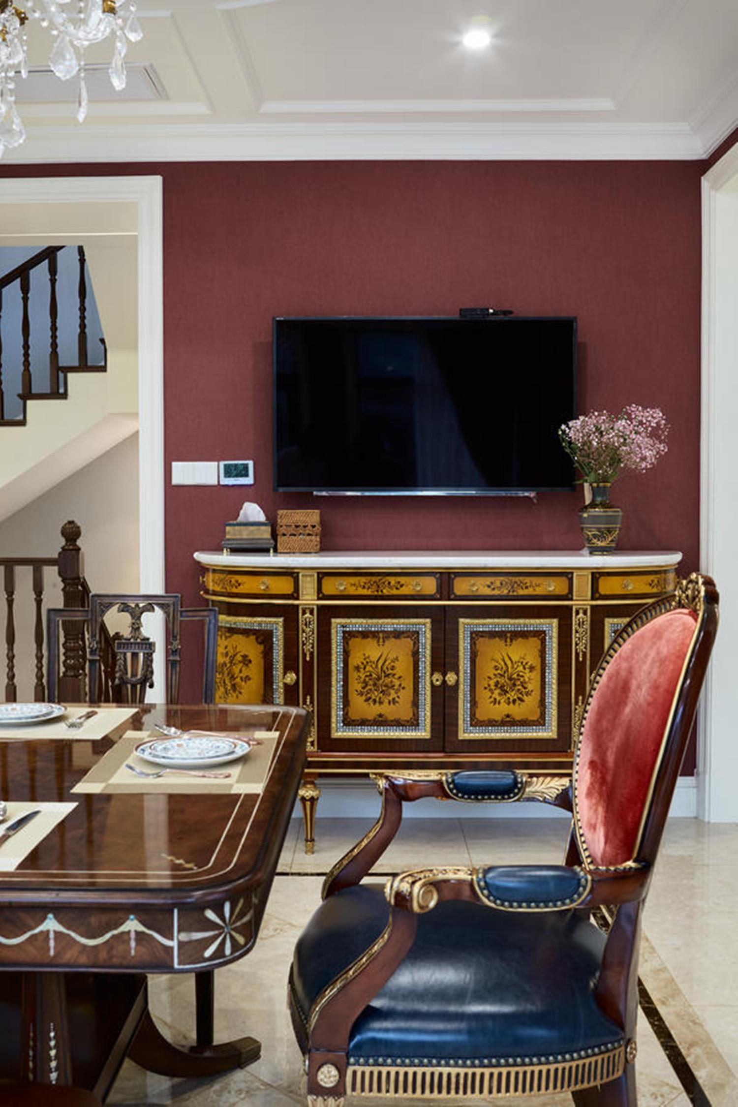 法式别墅装修电视背景墙图片