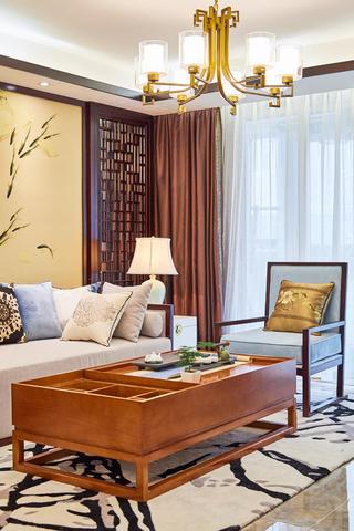 中式三居装修客厅一角