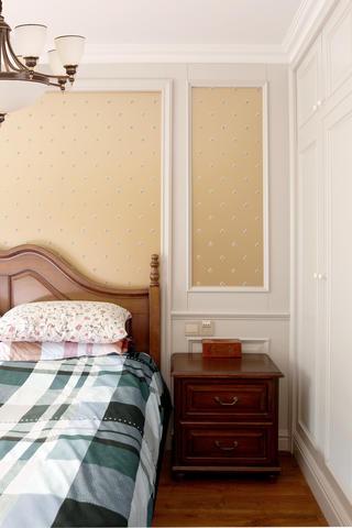 美式风格二居装修床头柜图片