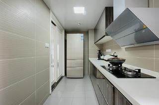 北欧混搭三居厨房设计图
