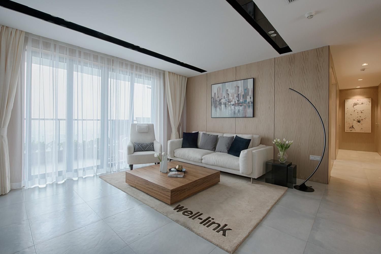 130平现代简约家沙发背景墙图片
