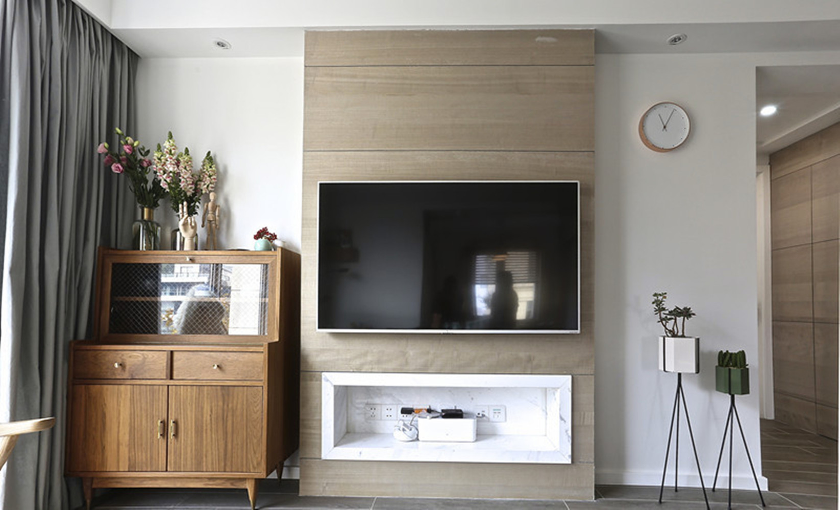 89平北欧风之家电视边柜图片
