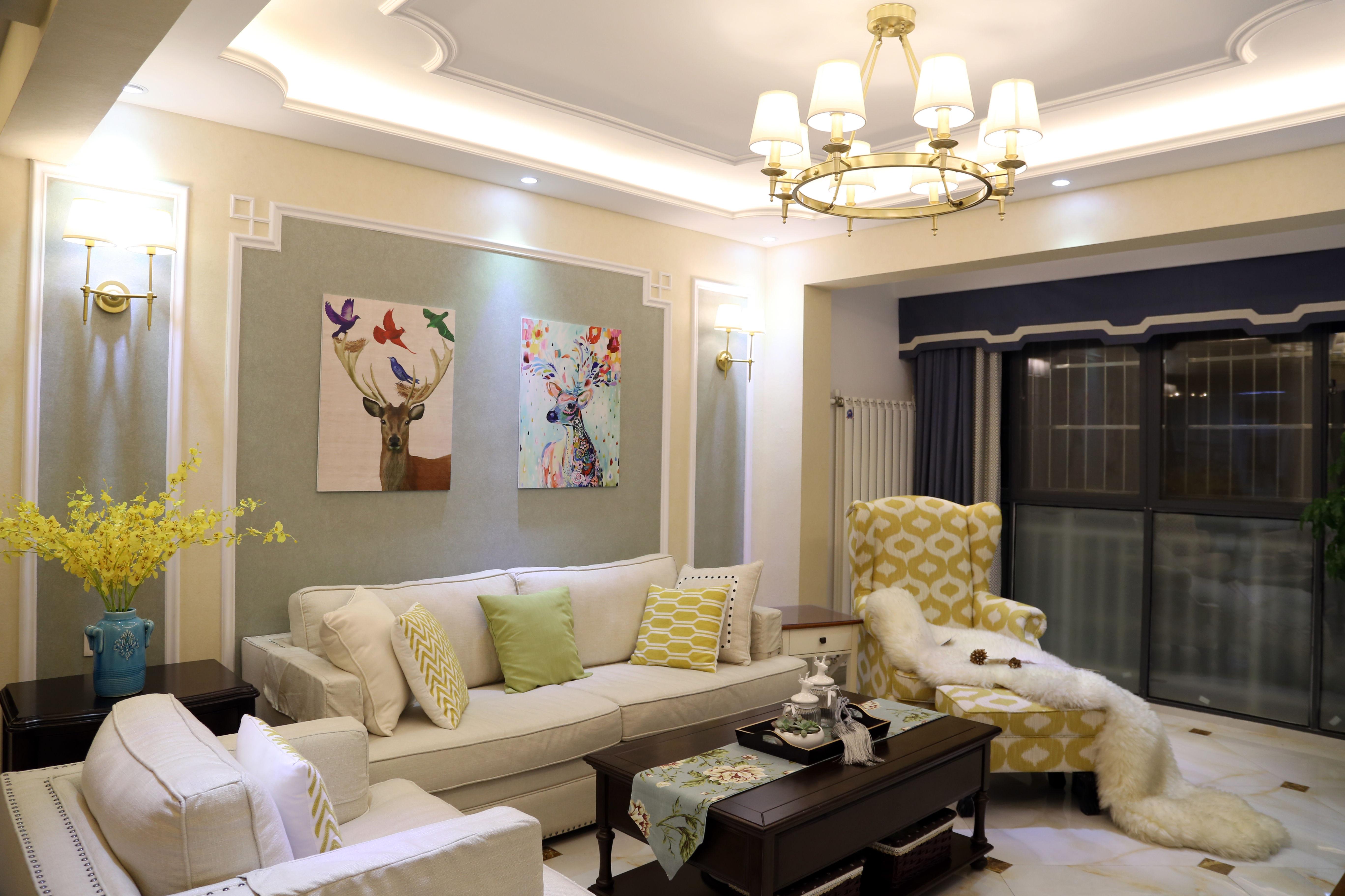 美式三居装修沙发墙图片