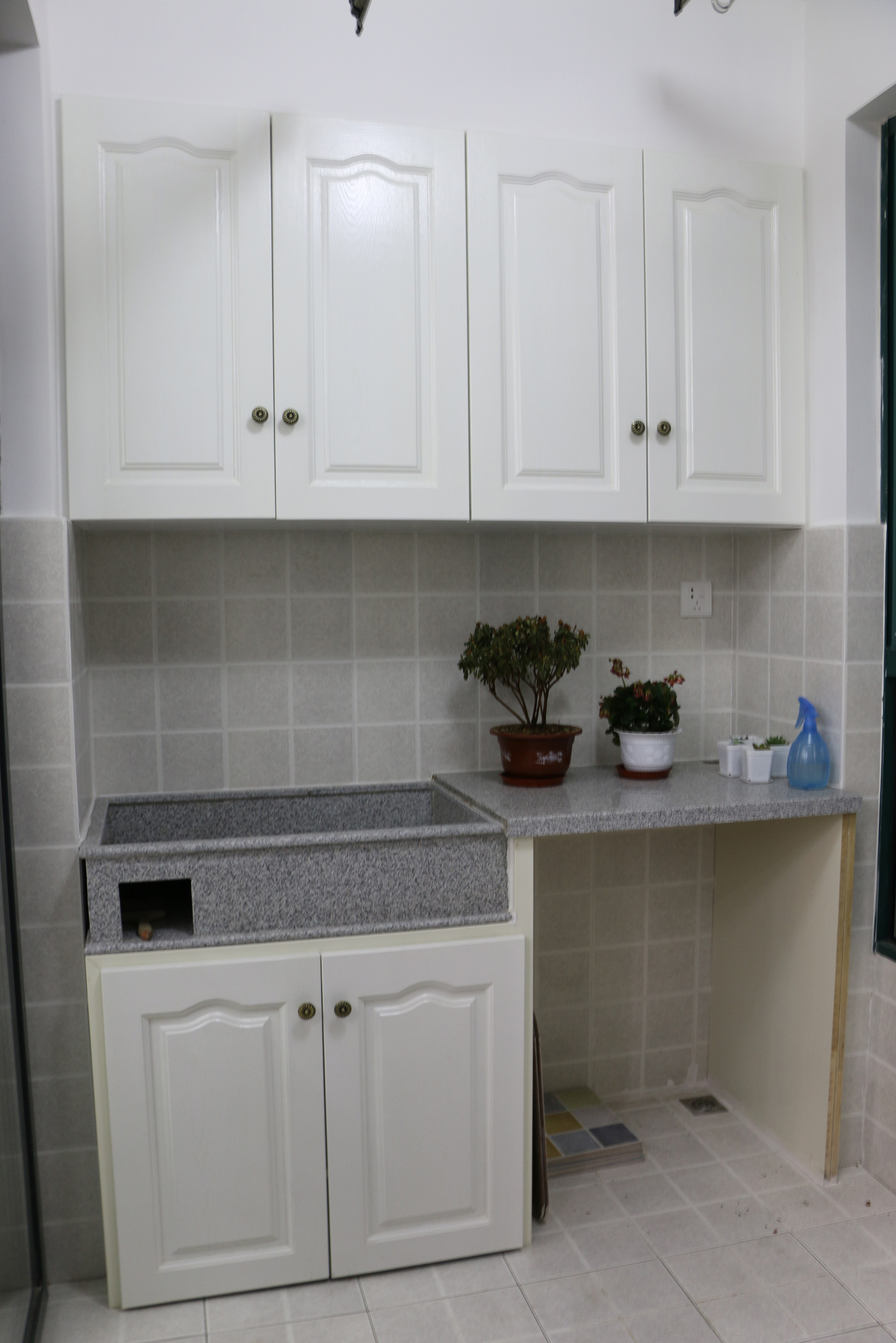 80平美式风装修阳台洗衣区