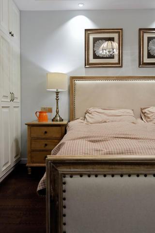 105平美式风格装修床头背景墙图片