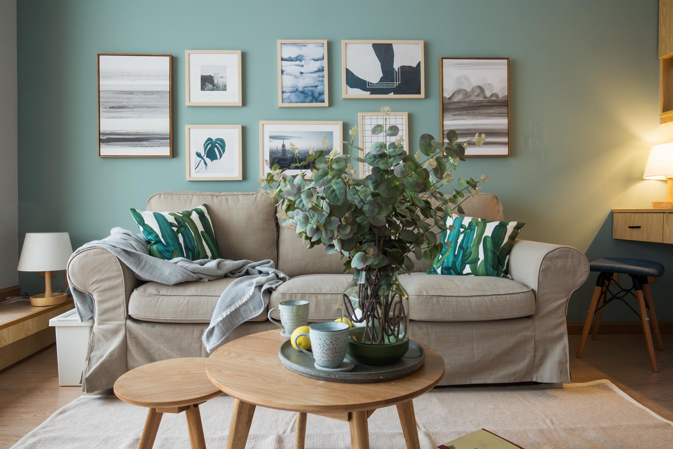 小户型北欧风格家沙发背景墙图片