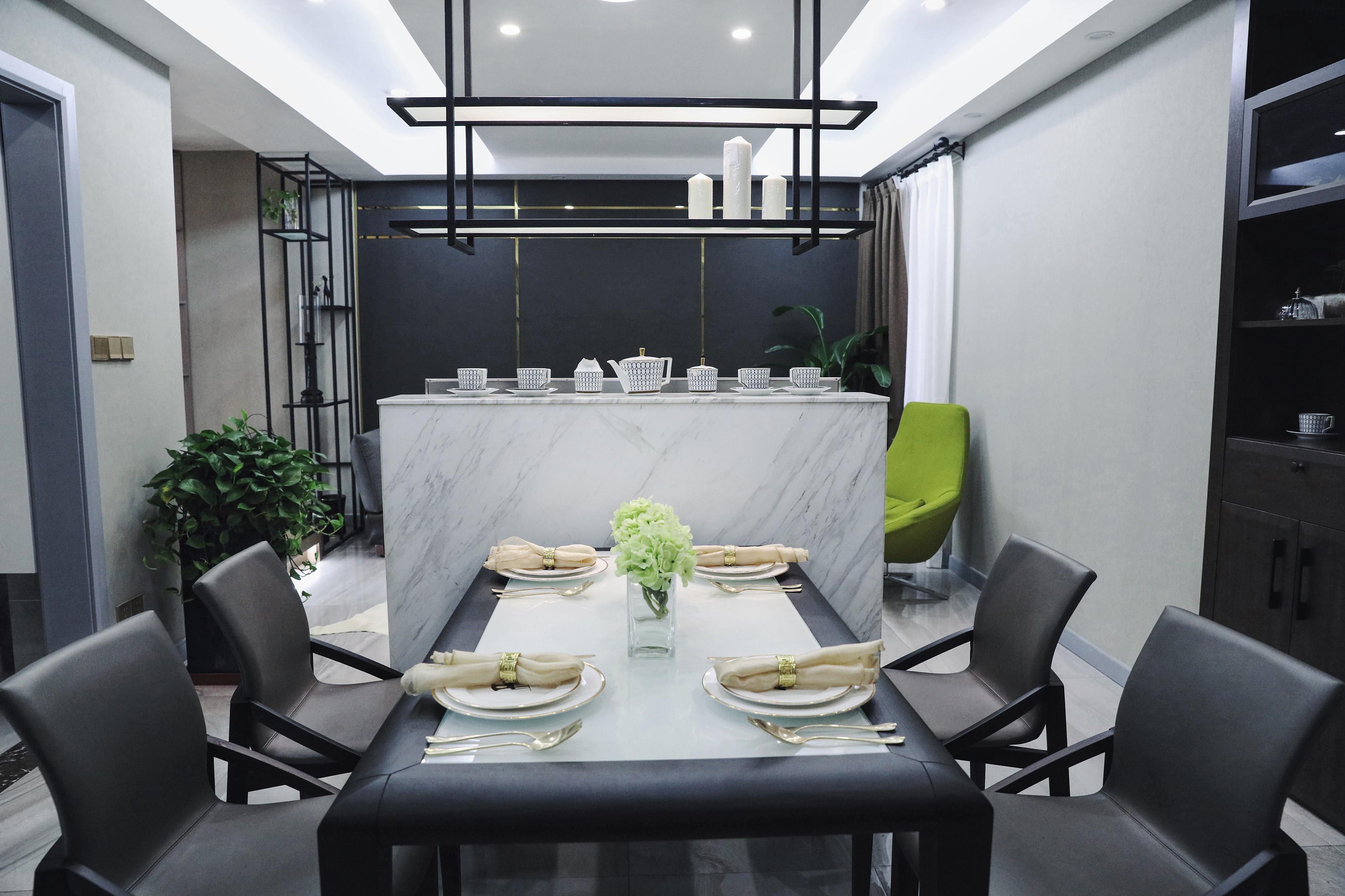 100平现代简约设计餐厅布置图